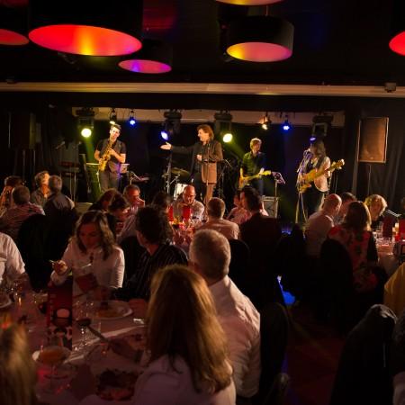 diner, muziek, clubsfeer, dansen, personeelsfeest